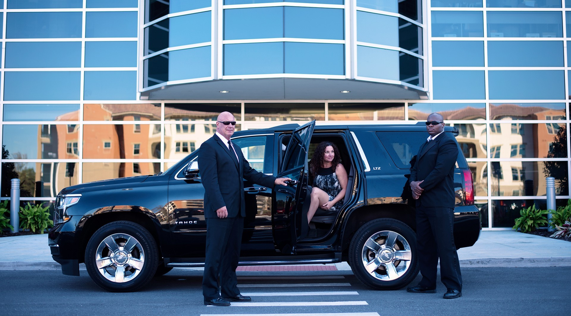executive-protection-specialists-vehicle